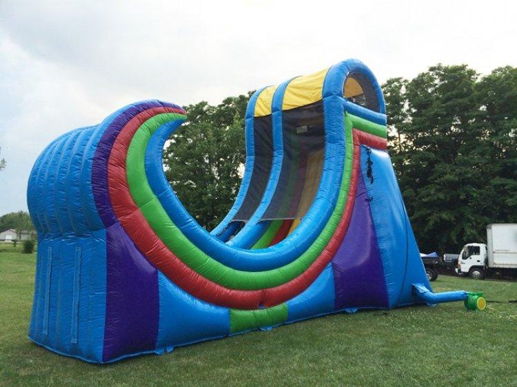 Rampage Half Pipe Slide