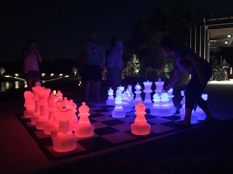 LED Giant Chess